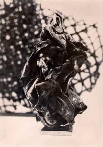 Zwei Metallskulpturen aus einer frühen Phase, Scannen0026