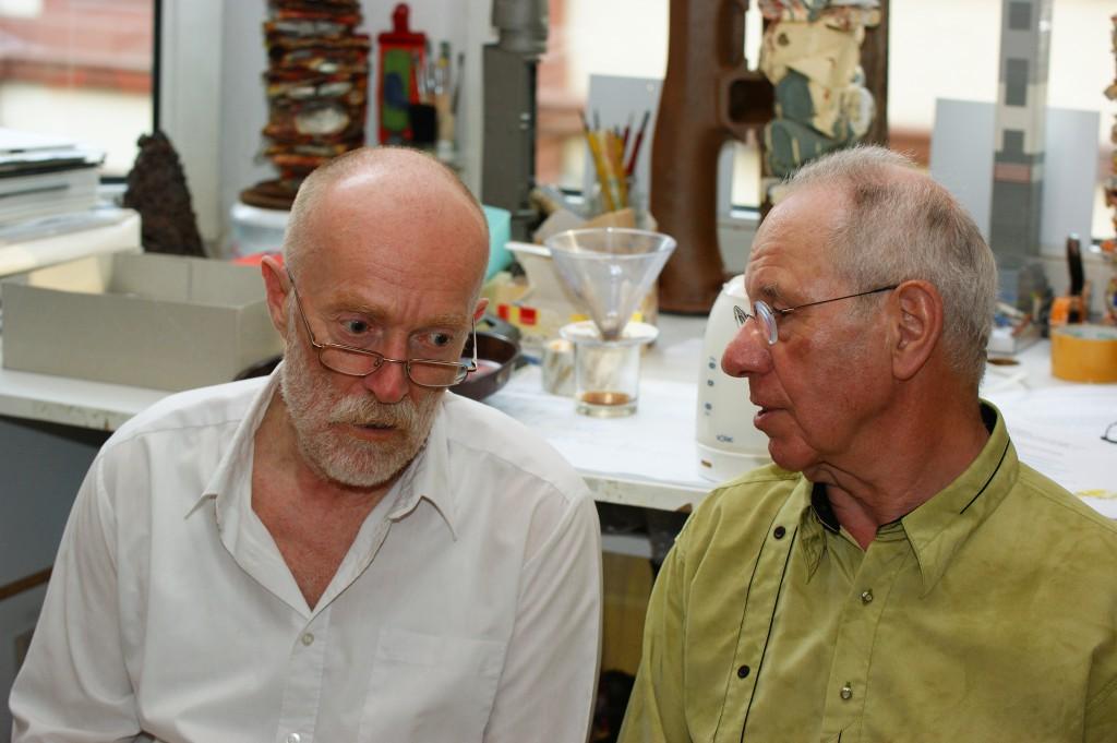 Franz und der Galerist Karl Kaufmann im Gespräch, SONY DSC