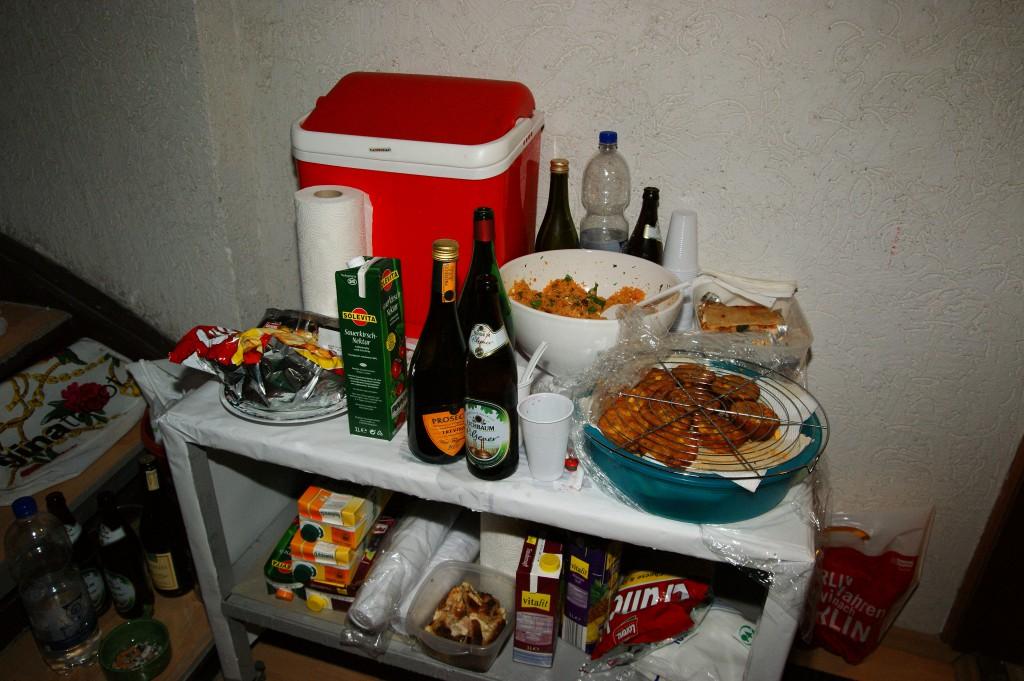 Lukullische Mitbringsel von Partybesuchern, SONY DSC