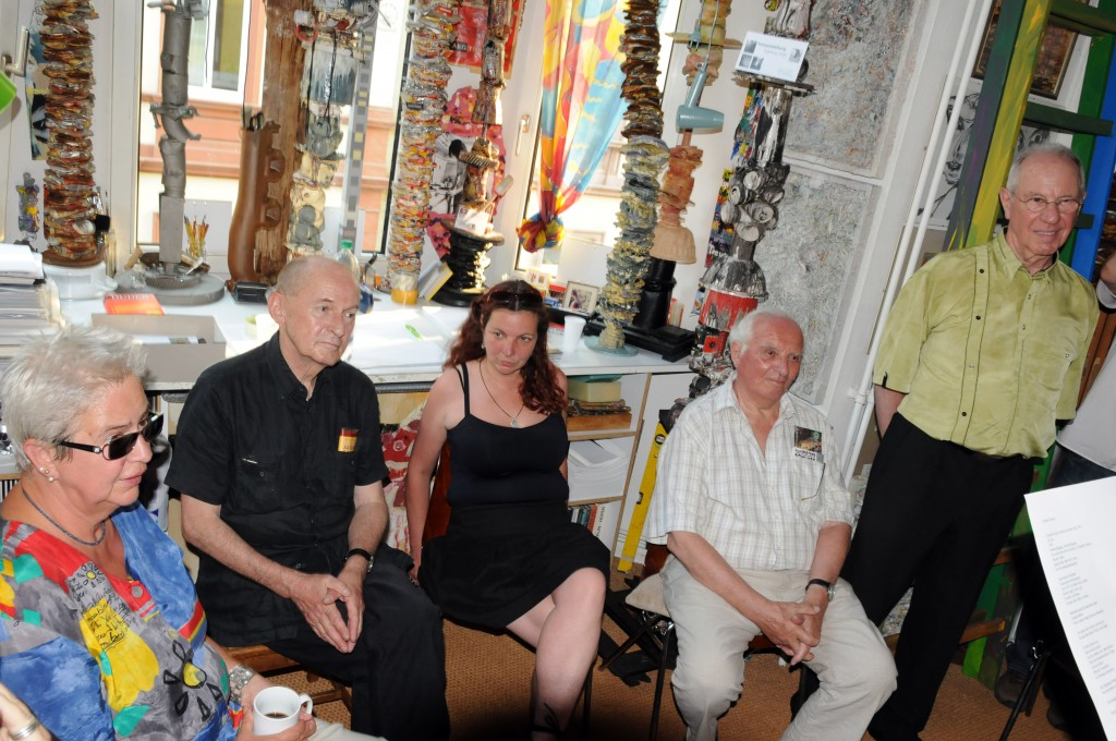 Gäste (v. l. n. r.): Gabriele Haag, Schriftstellerin, Bernd Pfütze, Kunstmoderator, Sabine Müller, Künstlerin, Gerd Reutter, Künstler
