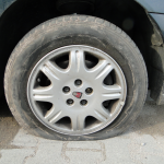Reifen aufgeschlitzt?