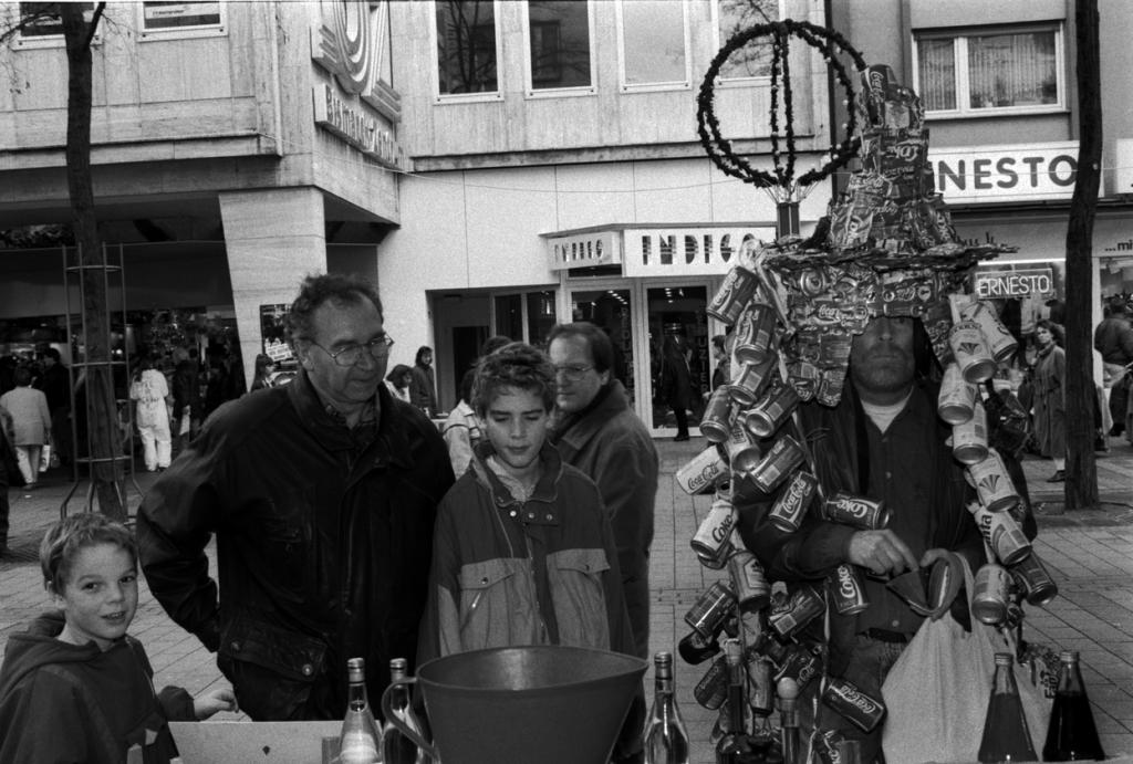Dosenspaziergang in Ludwigshafen am Rhein am 18.12.1993, Foto Manfred Rinderspacher