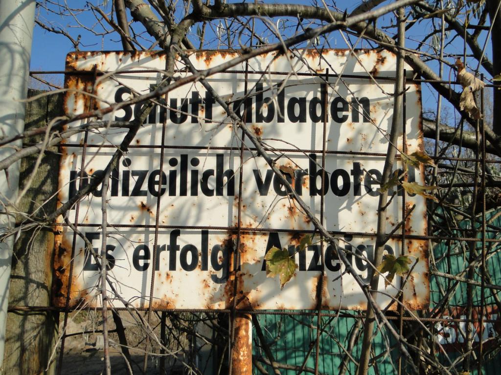 Gibt es in Mannheim eine Statistik die dergleichen Vergehen und deren Bestrafung erfasst? Schilder wie dieses findet man in Mannheim zuhauf!