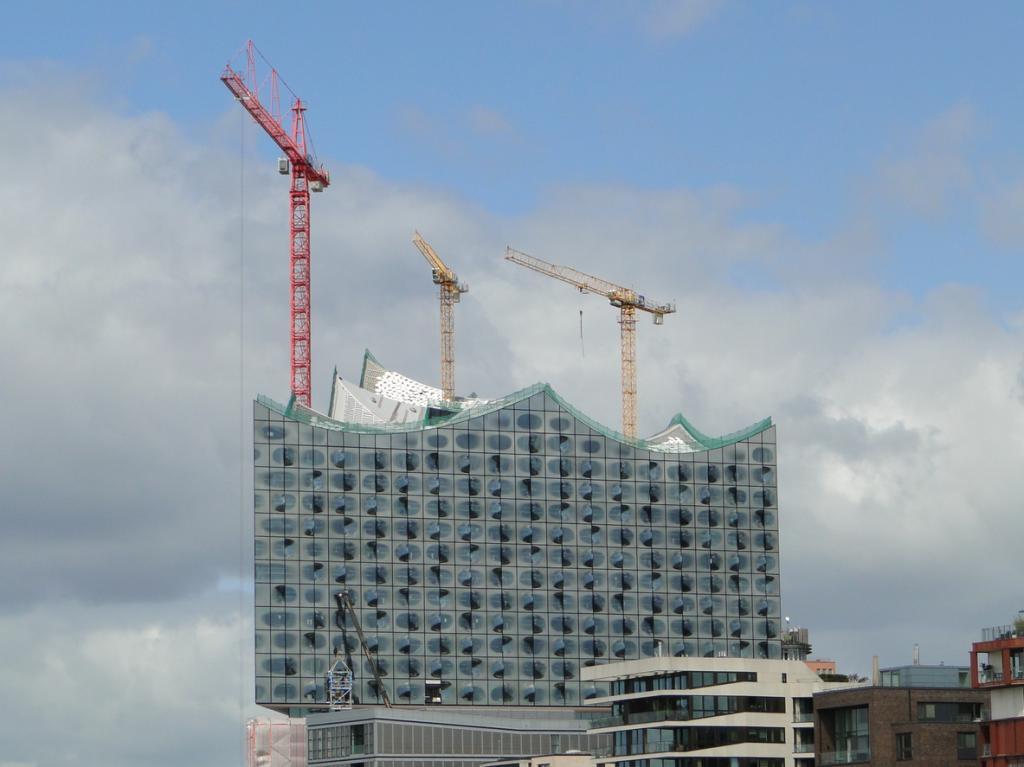 Neues Wahrzeichen HafenCity als typisches Merkmal falscher Rechenkünste