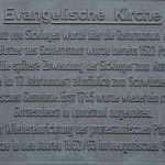 Info-Tafel am Kircheneingang