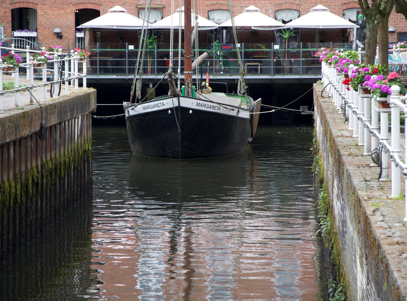 Das Frachtschiff MARGARETA aus dem Jahr 1897 verkehrte auf der Niederelbe bis ins Jahr 1950. 1991 restauriert Durch den Förderverein ALTSTADT BUXTEHUDE.